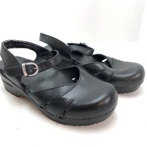 DANSKO Black Leather Ankle Strap Clogs Shoes sz 36